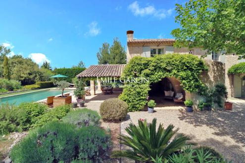 Luxury House for rent EYGALIERES, 330 m², 5 Bedrooms,