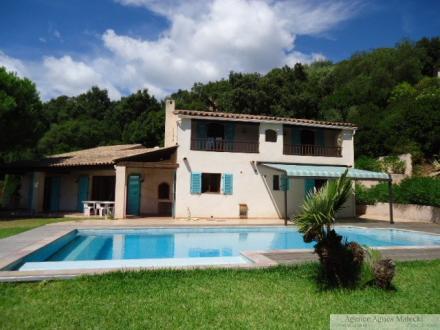 Villa de luxe à vendre CAVALAIRE SUR MER, 185 m², 4 Chambres, 895000€