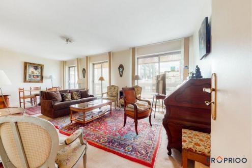 Appartement de luxe à vendre NEUILLY SUR SEINE, 61 m², 1 Chambres, 731000€