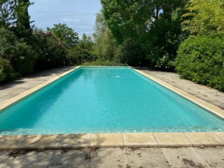 Casa di lusso in affito SAINT REMY DE PROVENCE, 250 m², 5 Camere,