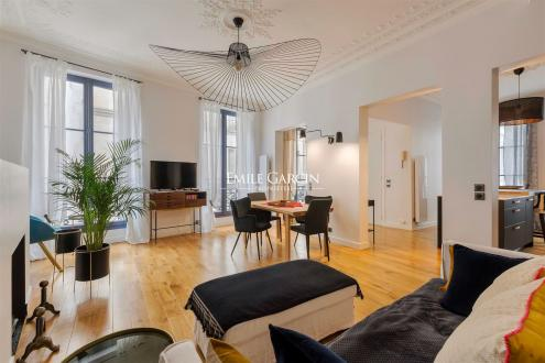 Appartement de luxe à vendre PARIS 8E, 100 m², 3 Chambres, 2496000€