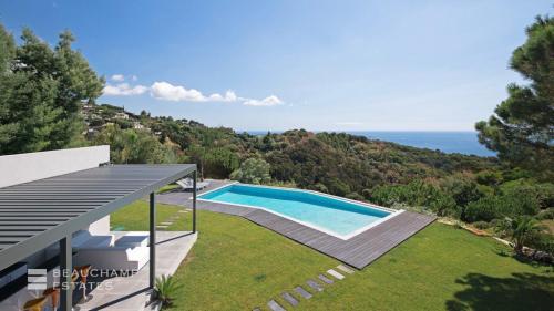 Casa di lusso in affito CANNES, 260 m², 4 Camere,