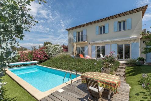 Luxus-Villa zu verkaufen CANNES, 150 m², 3 Schlafzimmer, 880000€