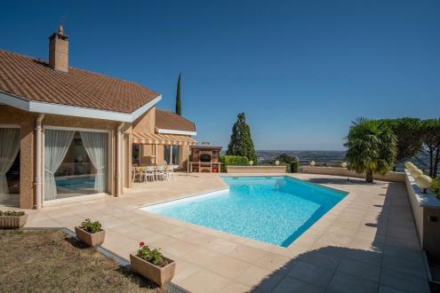 Villa de luxe à vendre LIMAS, 175 m², 4 Chambres, 775000€
