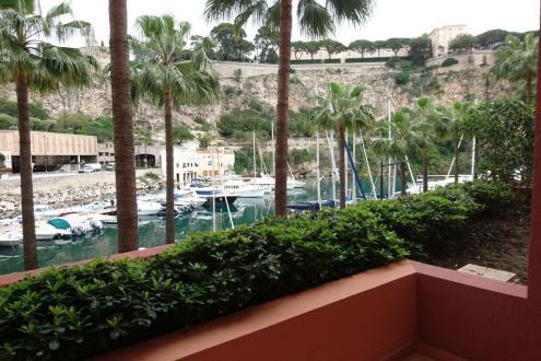 Квартира класса люкс на продажу  Монако, 136 м², 1 Спальни, 5830000€