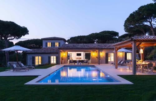 Luxus-Haus zu vermieten SAINT TROPEZ, 400 m², 5 Schlafzimmer,
