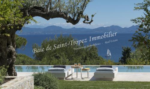 Maison de luxe à louer SAINT TROPEZ, 400 m², 6 Chambres,