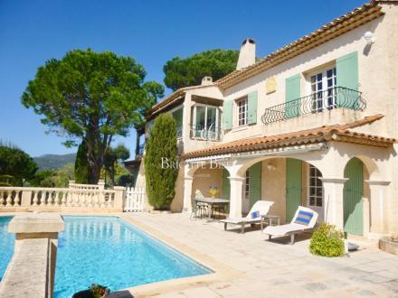 Luxus-Villa zu verkaufen SAINTE MAXIME, 290 m², 6 Schlafzimmer, 1490000€