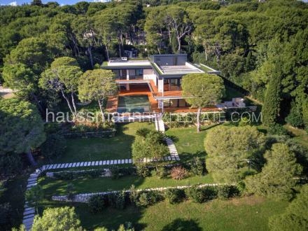 Maison de luxe à vendre SAINT JEAN CAP FERRAT, 560 m², 5 Chambres, 30000000€