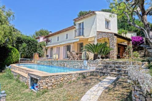 Дом класса люкс на продажу  Ле-Канне, 165 м², 3 Спальни, 795000€