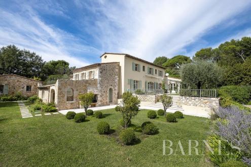Maison de luxe à vendre VALBONNE, 320 m², 6 Chambres, 2900000€