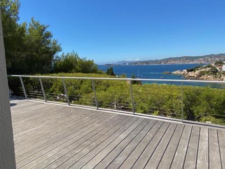 Maison de luxe à vendre SANARY SUR MER, 200 m², 4 Chambres, 2060000€
