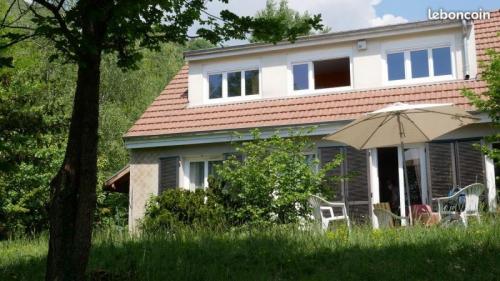 Luxus-Haus zu verkaufen CORENC, 140 m², 5 Schlafzimmer, 610000€