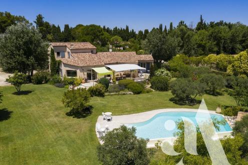 Luxe Huis te koop SAINT REMY DE PROVENCE, 225 m², 4 Slaapkamers, 1395000€