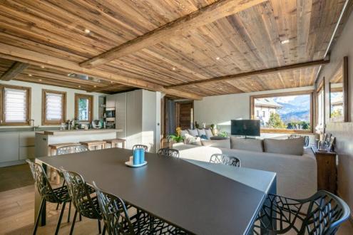 Luxe Huis te koop COMBLOUX, 215 m², 5 Slaapkamers, 860000€