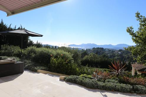 Luxury House for sale MOUGINS, 380 m², 5 Bedrooms, € 5 450 000