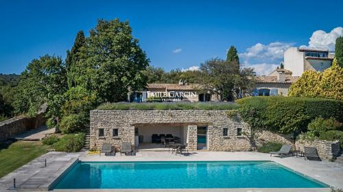 Luxury House for rent GORDES, 600 m², 7 Bedrooms,