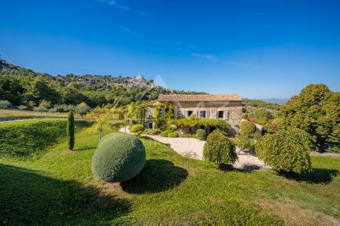 Luxury House for rent LACOSTE, 230 m², 5 Bedrooms,