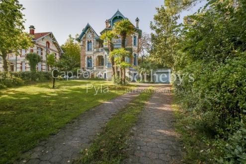 Maison de luxe à vendre ARCACHON, 239 m², 5 Chambres, 1680000€