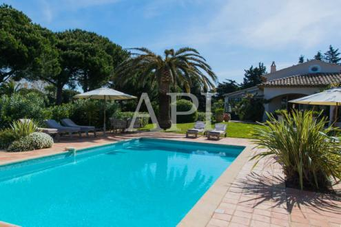 Luxury House for rent SAINT TROPEZ, 300 m², 6 Bedrooms,