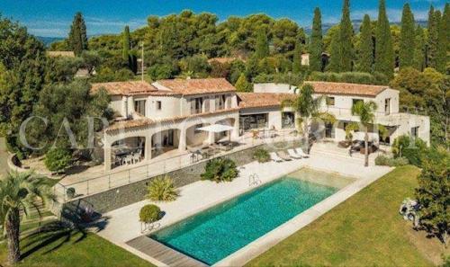 Maison de luxe à vendre MOUGINS, 570 m², 7 Chambres, 4350000€
