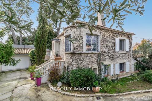 Maison de luxe à vendre MARSEILLE, 149 m², 5 Chambres, 749000€