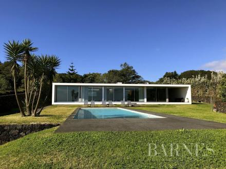 Luxury Villa for sale Portugal, 320 m², € 985 000
