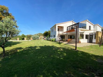 Maison de luxe à vendre LAMBESC, 195 m², 5 Chambres, 750000€