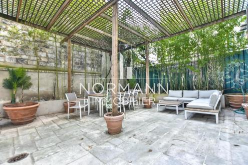 Квартира класса люкс на продажу  Париж 16ый, 140 м², 3 Спальни, 1750000€