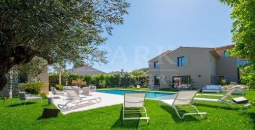 Luxus-Villa zu verkaufen SAINT TROPEZ, 406 m², 5 Schlafzimmer, 9900000€