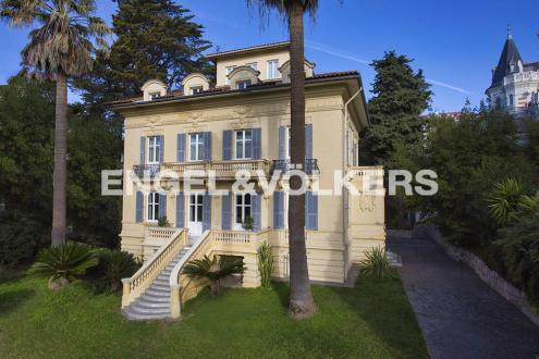 Luxury Town house for sale NICE, 650 m², 6 Bedrooms, €3950000
