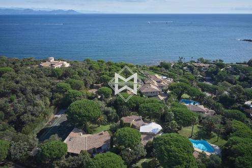 Propriété de luxe à vendre SAINT TROPEZ, 450 m², 7 Chambres, 12000000€