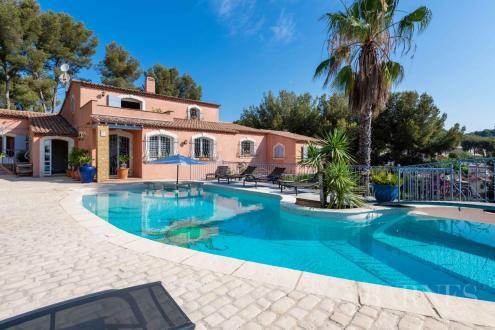 Villa de luxe à vendre BANDOL, 400 m², 7 Chambres, 1872000€