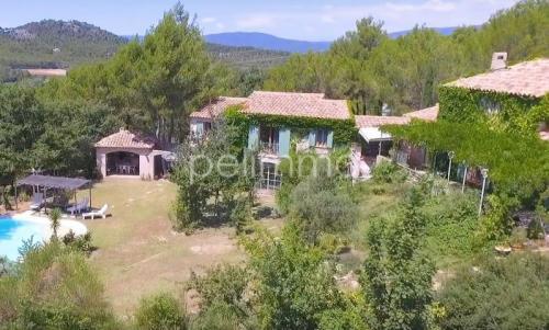Maison de luxe à vendre ROGNES, 200 m², 4 Chambres, 998000€