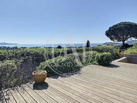 Luxus-Villa zu verkaufen CAVALAIRE SUR MER, 1180 m², 1100000€