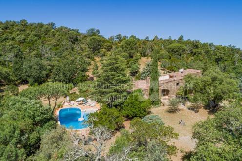 Вилла класса люкс на продажу  Ла-Гард-Френе, 380 м², 6 Спальни, 1275000€