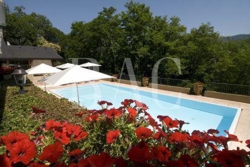 Castello/Maniero di lusso in vendita CHAMBERY, 1290 m², 7 Camere, 4750000€