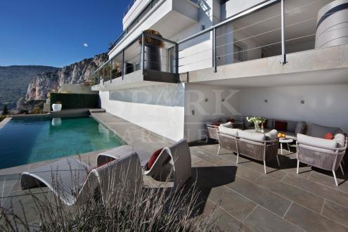 Luxus-Haus zu vermieten CAP D'AIL, 190 m², 4 Schlafzimmer,