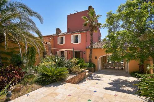 Maison de luxe à vendre SAINT TROPEZ, 350 m², 5 Chambres, 4250000€