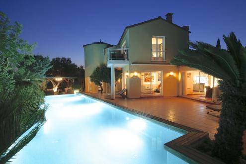 Maison de luxe à vendre AGDE, 256 m², 4 Chambres, 695000€