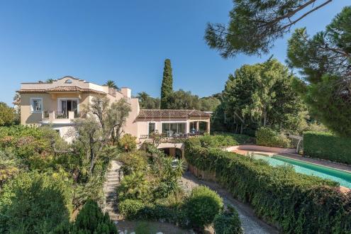 Maison de luxe à vendre CAP D'ANTIBES, 250 m², 4 Chambres, 3500000€