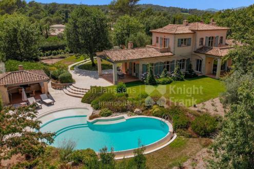 Luxury Villa for sale FAYENCE, 263 m², 4 Bedrooms, €3990000