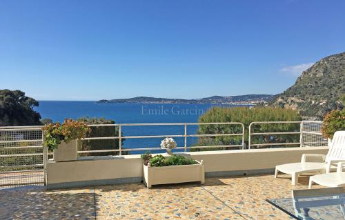 Luxury House for rent CAP D'AIL, 50 m², 1 Bedrooms,