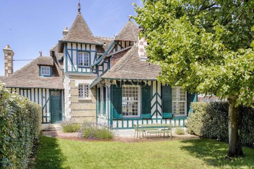 Casa di lusso in vendita DEAUVILLE, 180 m², 5 Camere, 1485000€
