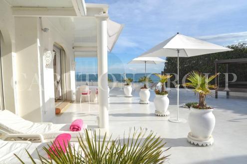 Luxury House for rent CAP D'ANTIBES, 150 m², 4 Bedrooms,