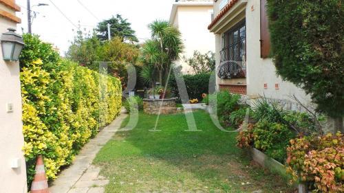 Villa di lusso in vendita ANTIBES, 207 m², 6 Camere, 1275000€