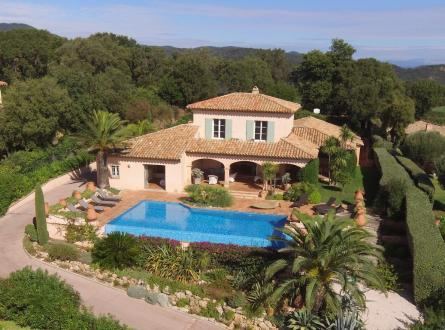 Luxury House for rent SAINTE MAXIME, 200 m², 4 Bedrooms,