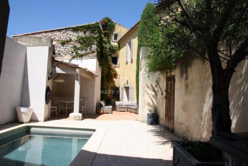 Дом класса люкс на продажу  Мури, 200 м², 5 Спальни, 655000€