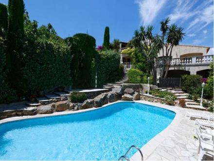 Casa di lusso in vendita ANTIBES, 400 m², 1750000€