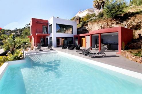 Maison de luxe à vendre MANDELIEU LA NAPOULE, 298 m², 5 Chambres, 1495000€